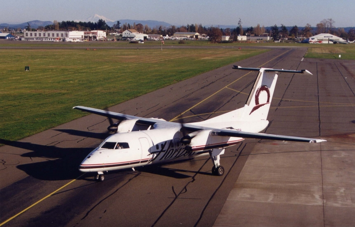 Horizon Air Q200